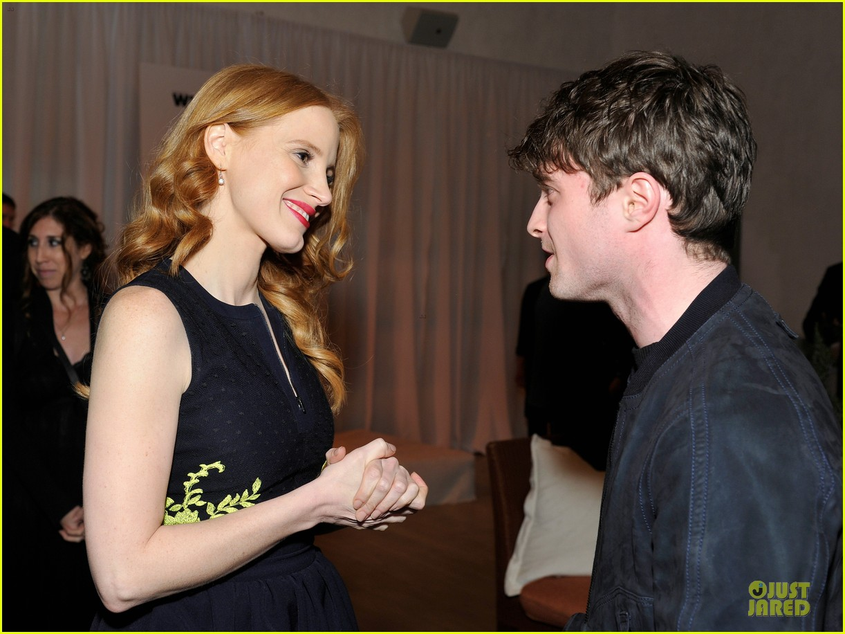 jessica chastain daniel radcliffe women in film pre oscar cocktail party 23