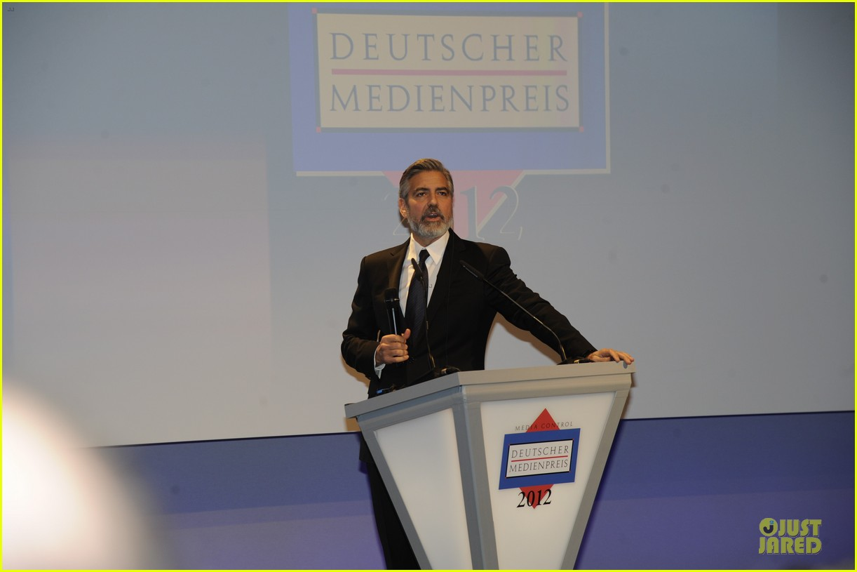george clooney deutscher medienpreis award honoree 032821431