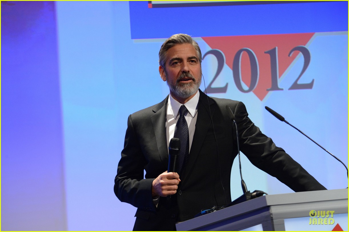 george clooney deutscher medienpreis award honoree 22