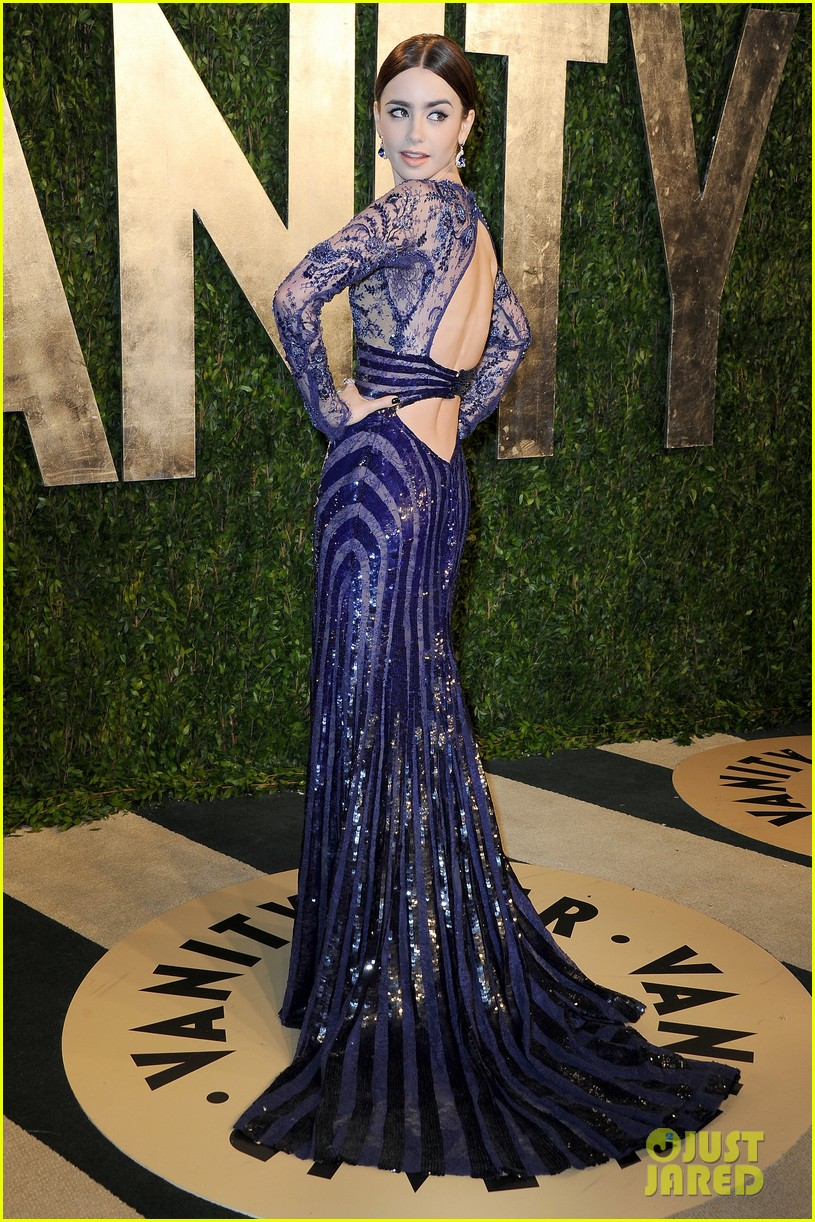 Lily Collins looking drop-dead gorgeous at the Vanity Fair | TMICanada