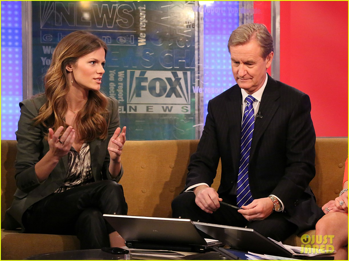 brooklyn decker fox and friends visit 162811635