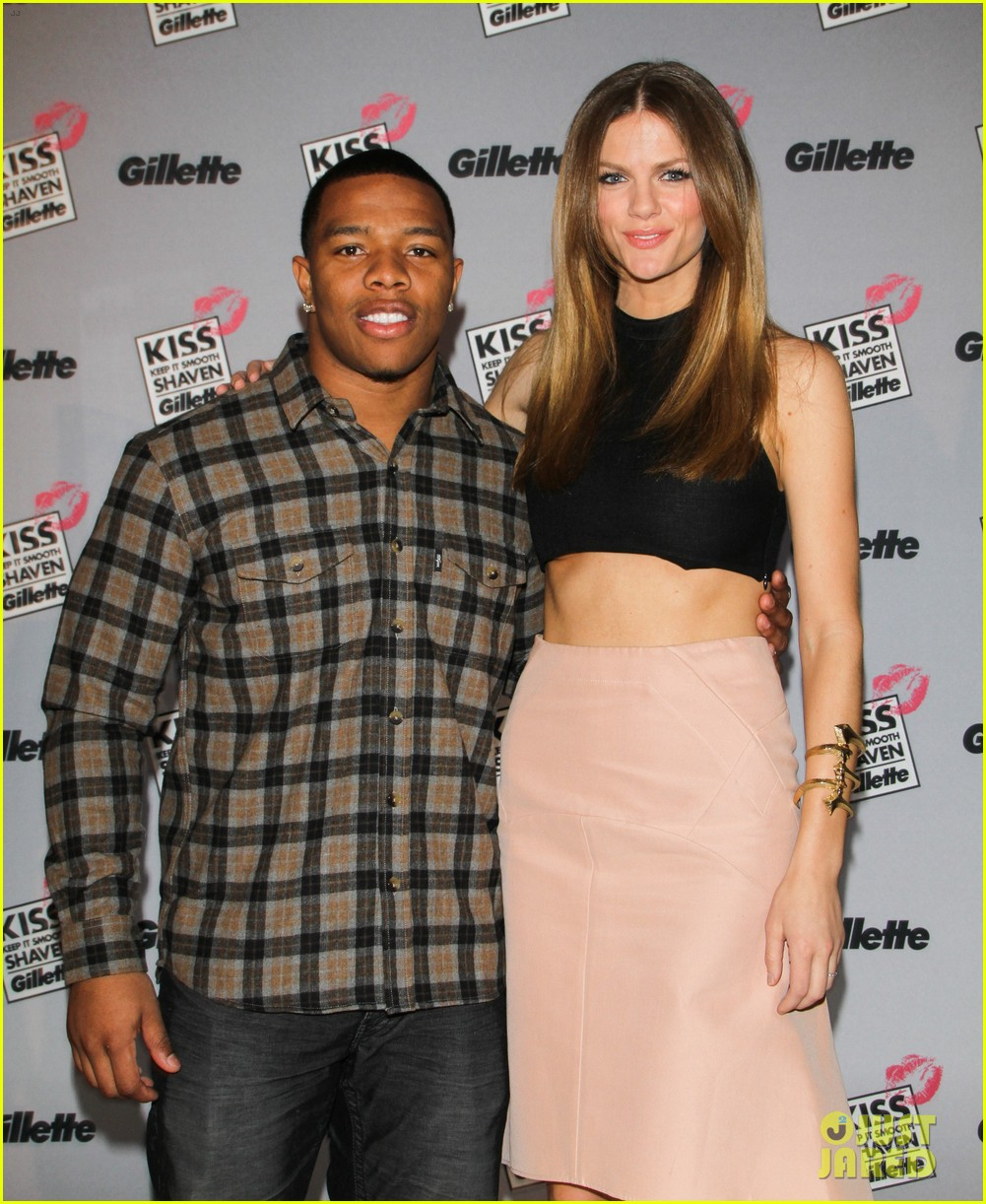 brooklyn decker shaves ray rice at kiss and tell event 02