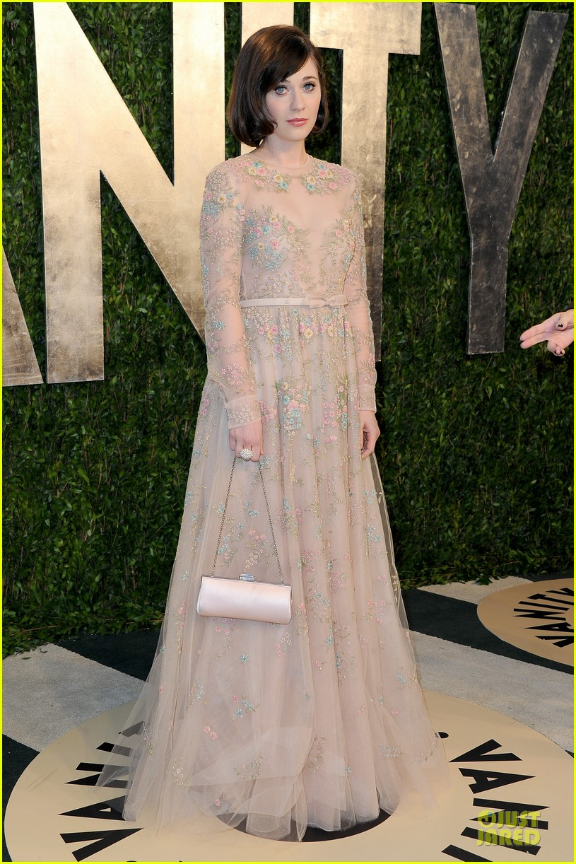 zooey deschanel jamie linden vanity fair oscars party 2013 062819514