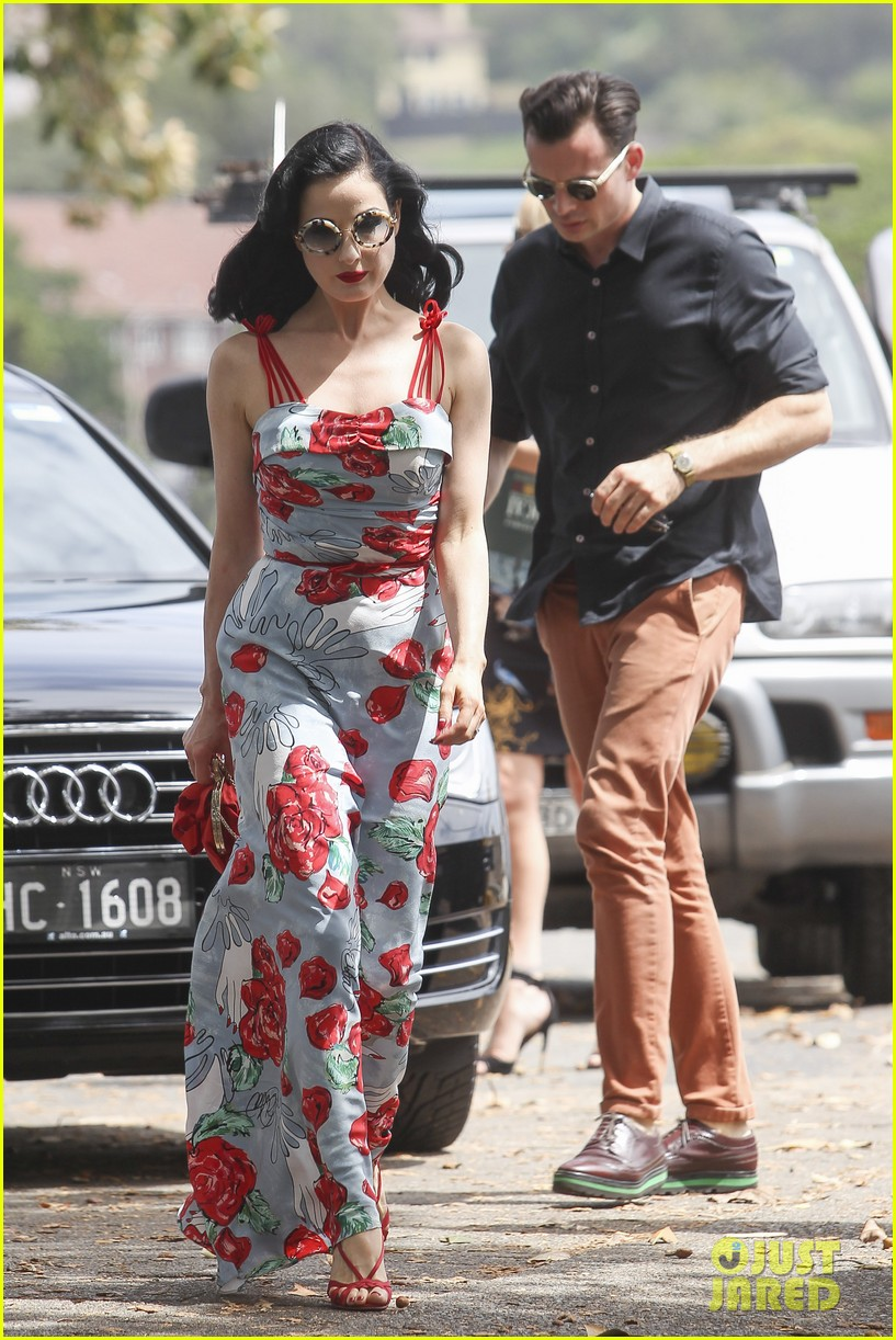 Full Sized Photo of dita von teese catalina lunch with ...