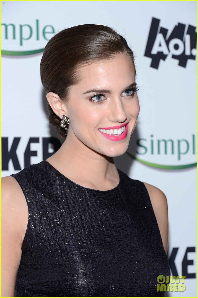 lena dunham allison williams no feud for girls stars 172806114
