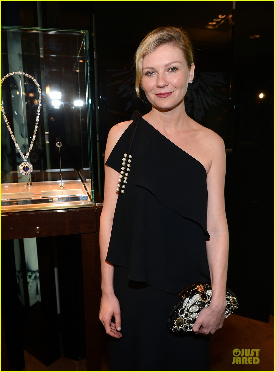 kristin dunst kate walsh bvlgari  celebration of elizabeth taylor collection 06
