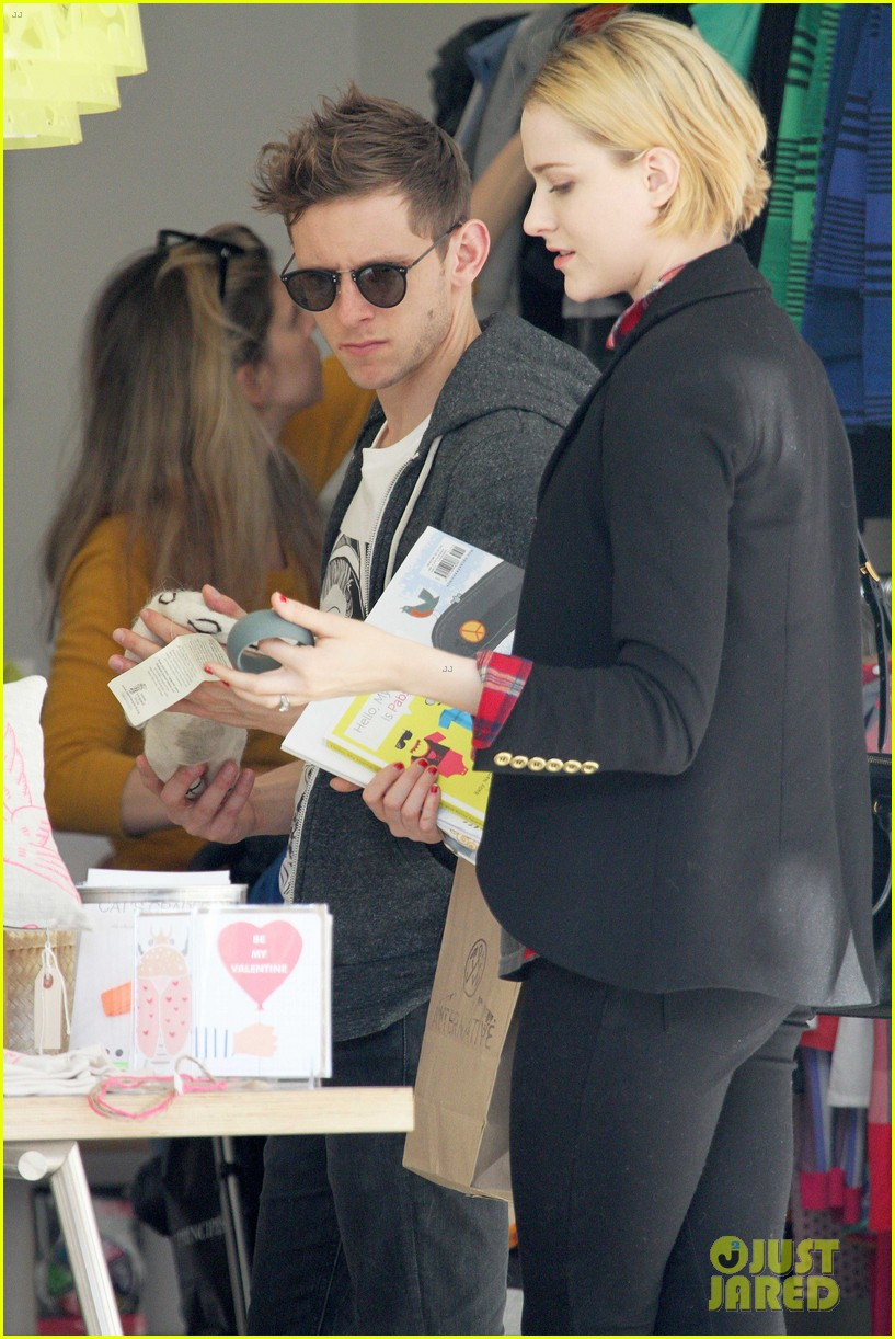 evan rachel wood jamie bell baby shopping 102802433