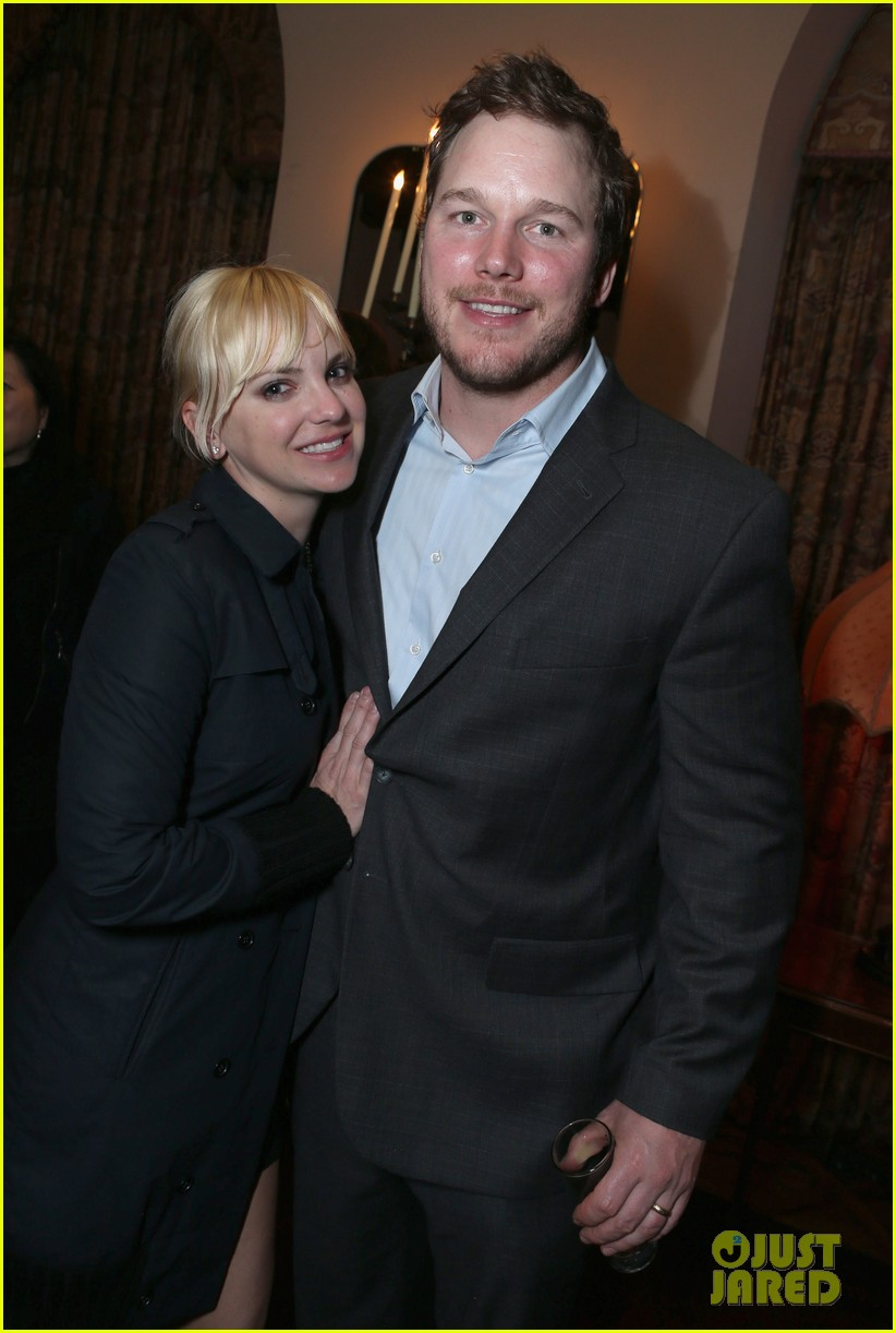anna faris chris pratt grey goose pre oscars party 2013 01