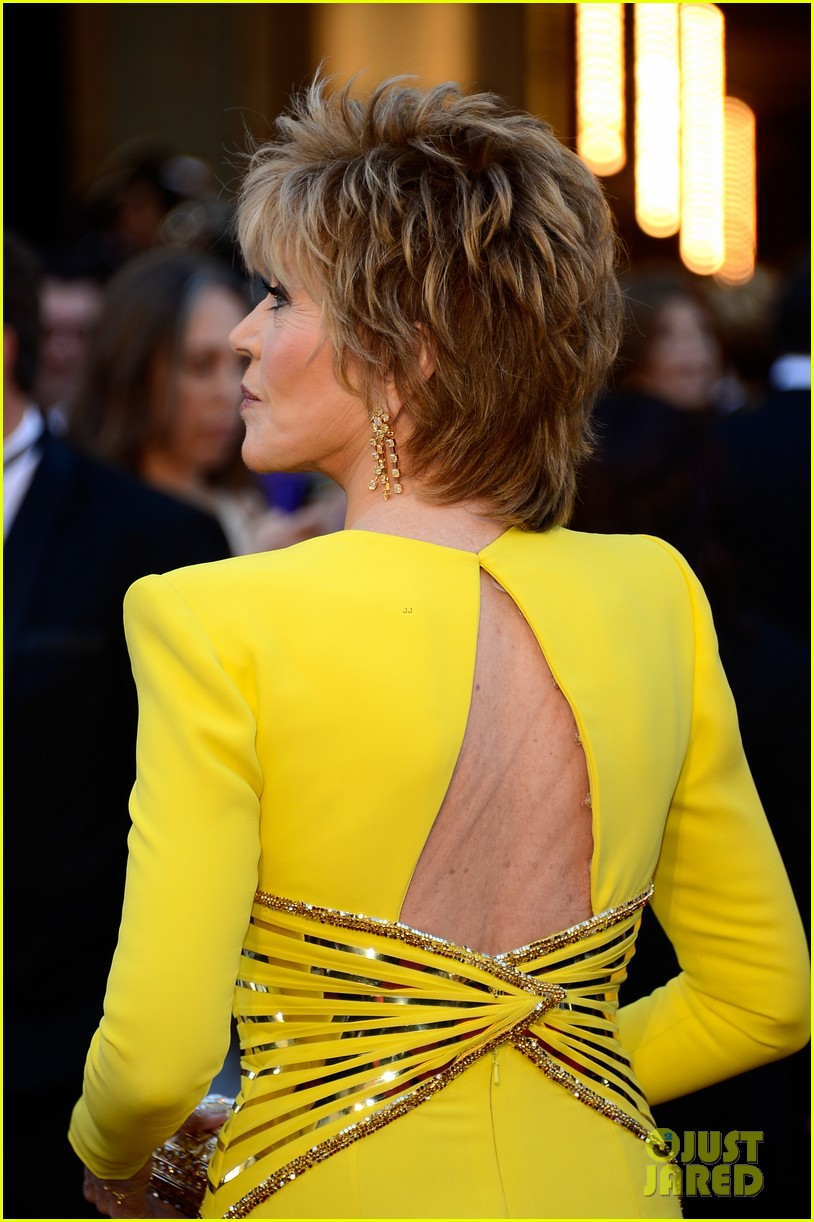jane fonda oscars red carpet 2013 03