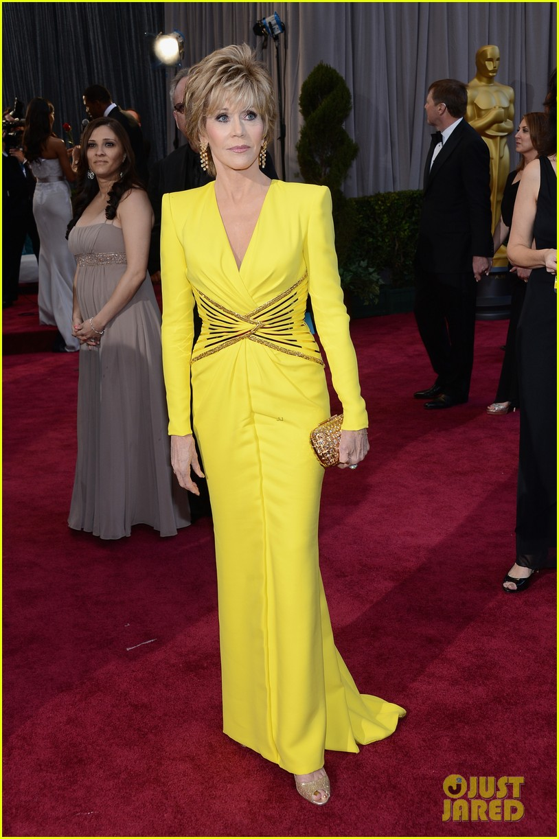 jane fonda oscars red carpet 2013 13