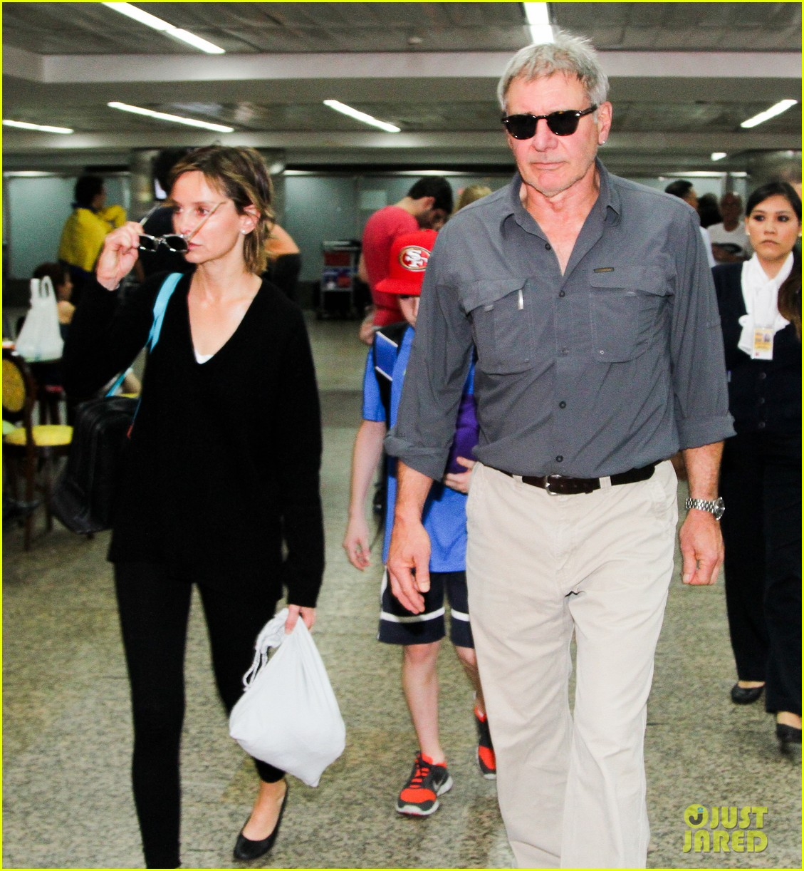harrison ford family vacation after star wars 7 news 08