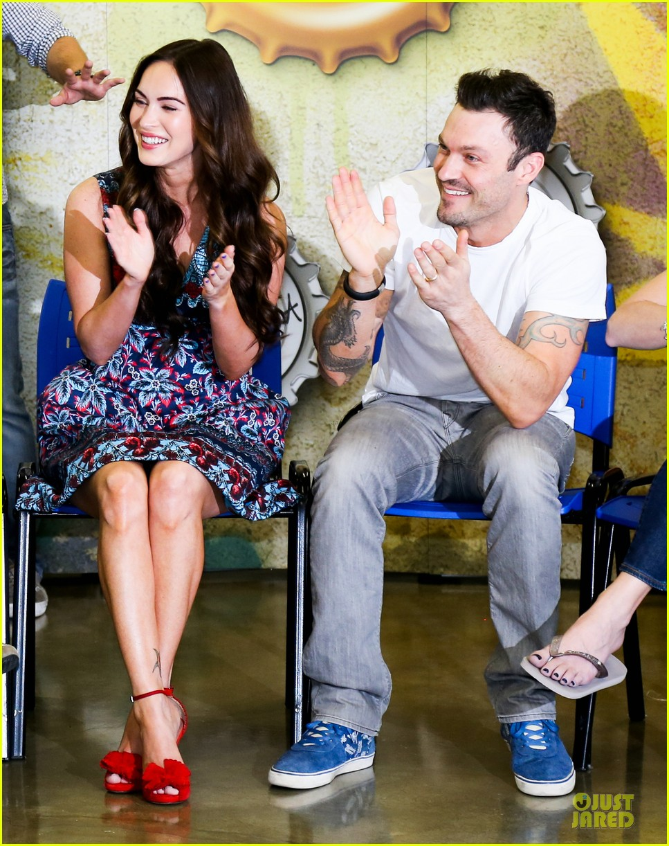megan fox brian austin green brazilian dance spectators 11
