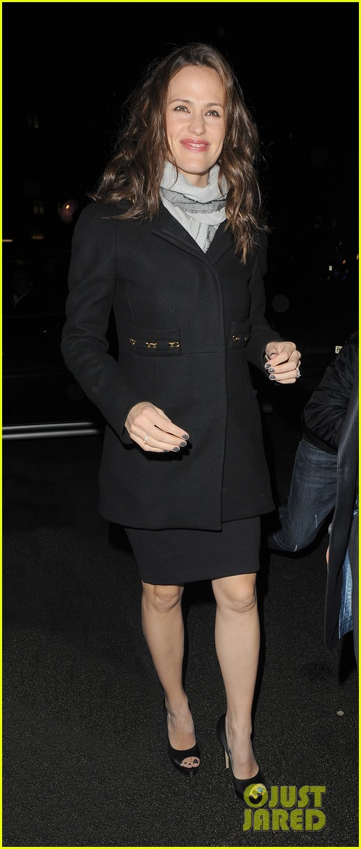 jennifer garner ben affleck pre baftas dinner duo 15