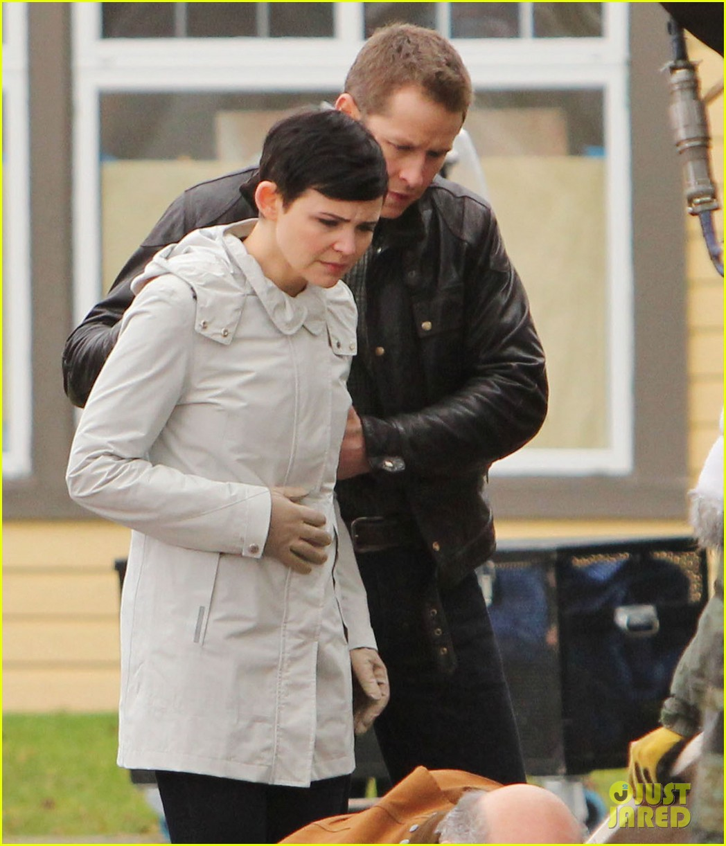 ginnifer goodwin jennifer morrison once upon a time filming 14