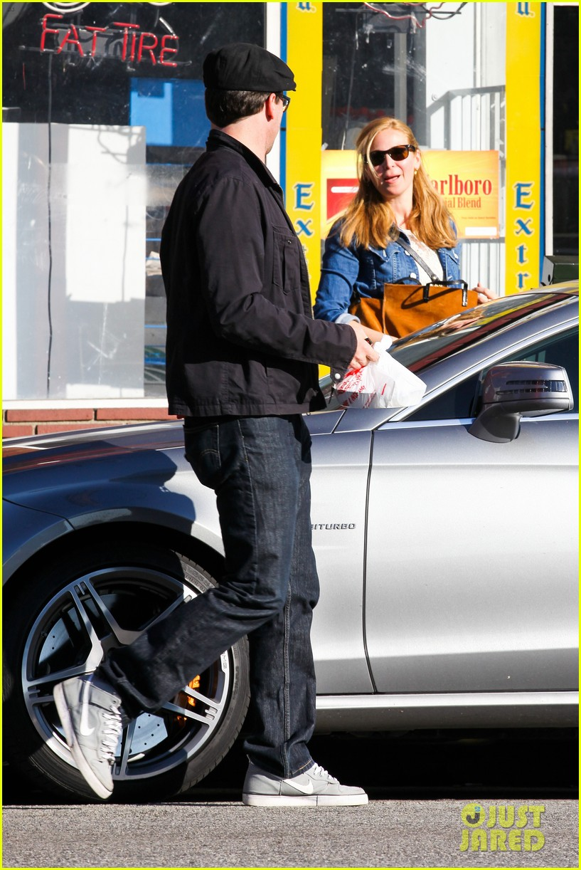 jon hamm jennifer westfeldt valentines day lunch date 032812643