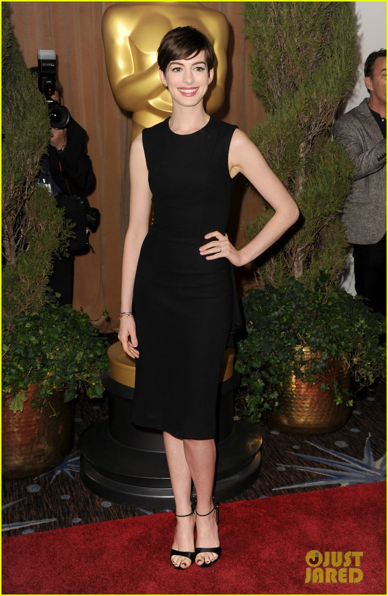 anne hathaway oscar nominees luncheon 2013 02