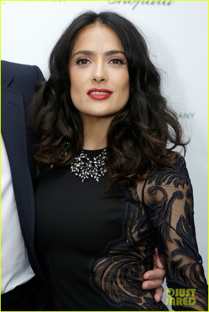 salma hayek weinstein pre oscars party 2013 06