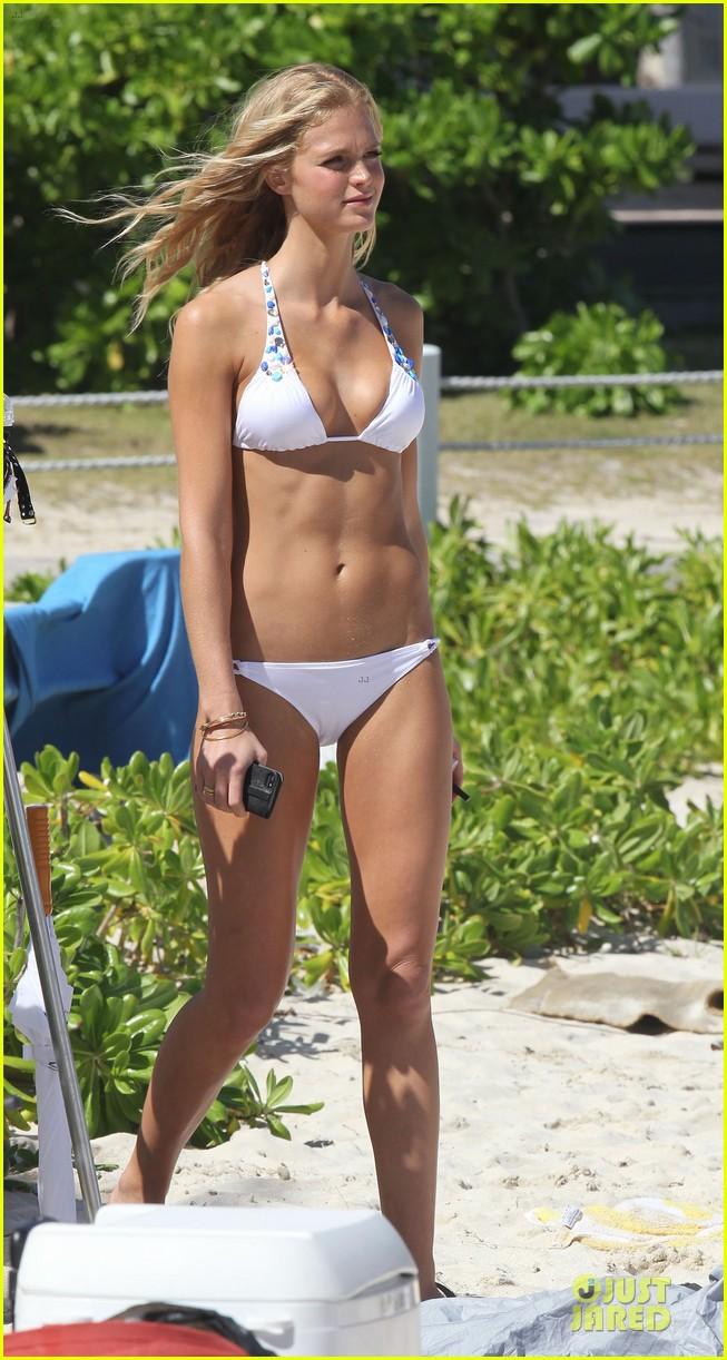 erin heatherton bikini shoot for victoria secret 08