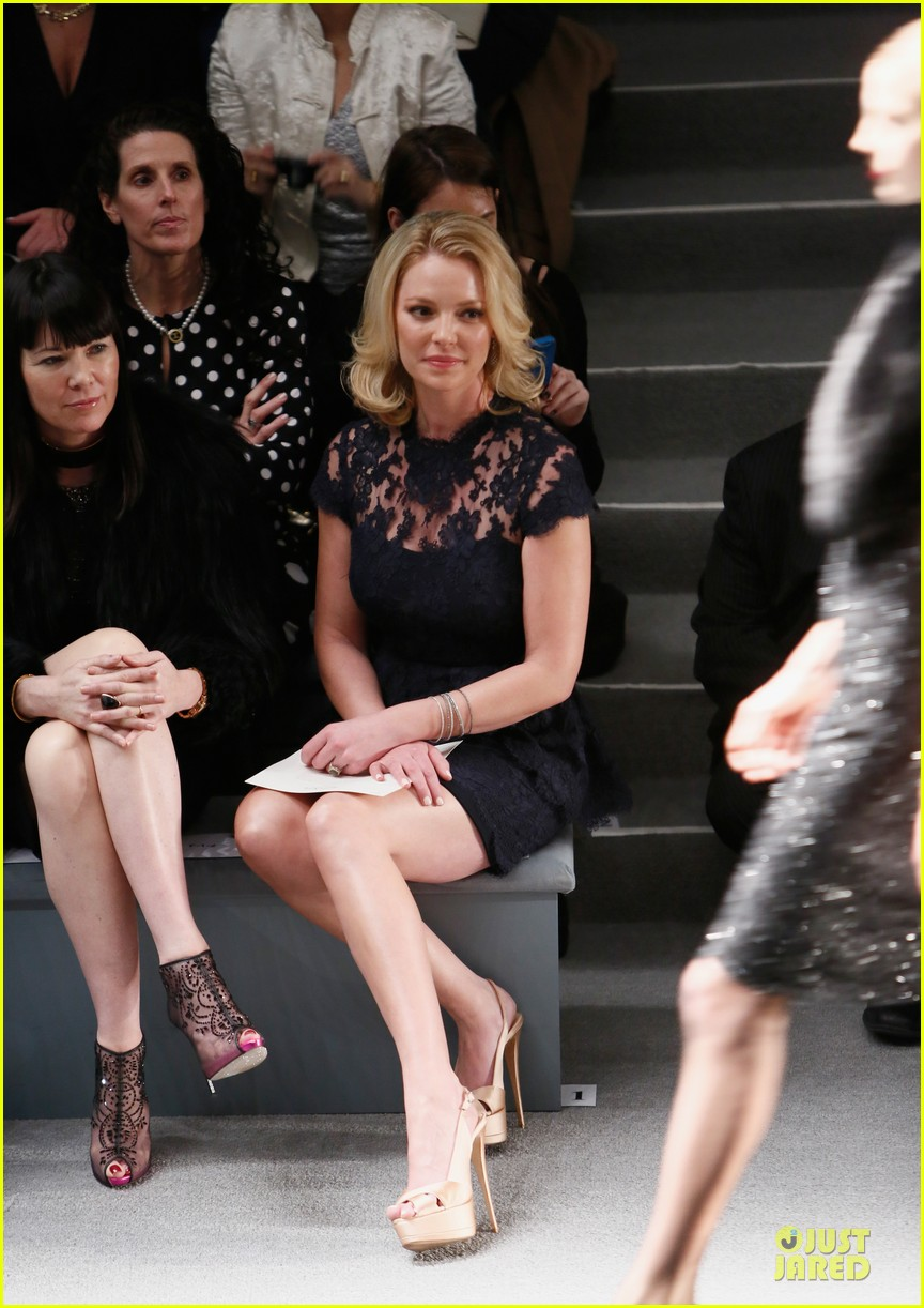 katherine heigl  reem acra fashion show 03