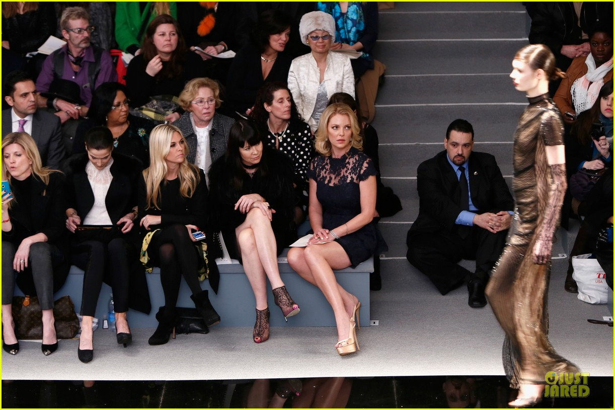katherine heigl  reem acra fashion show 19