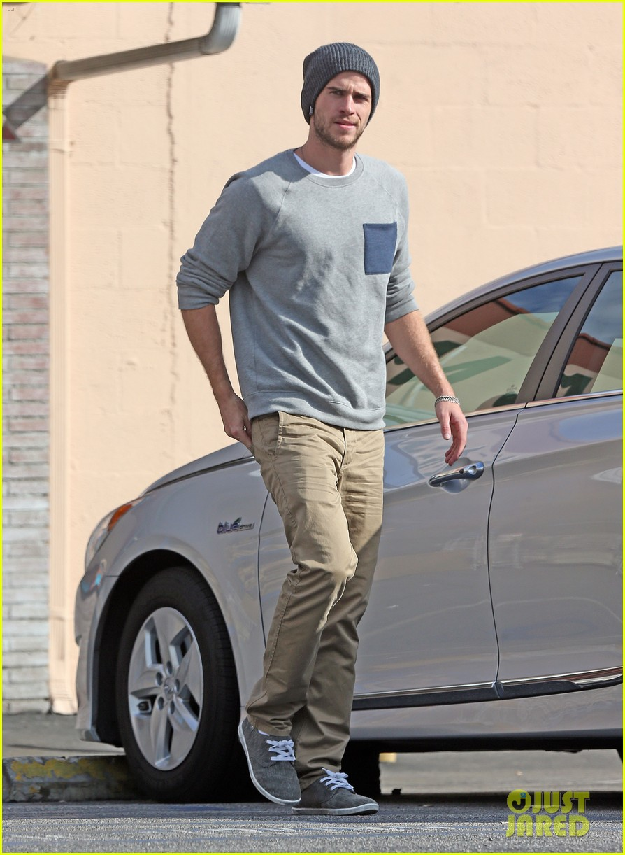 liam hemsworth love honor out in march 01