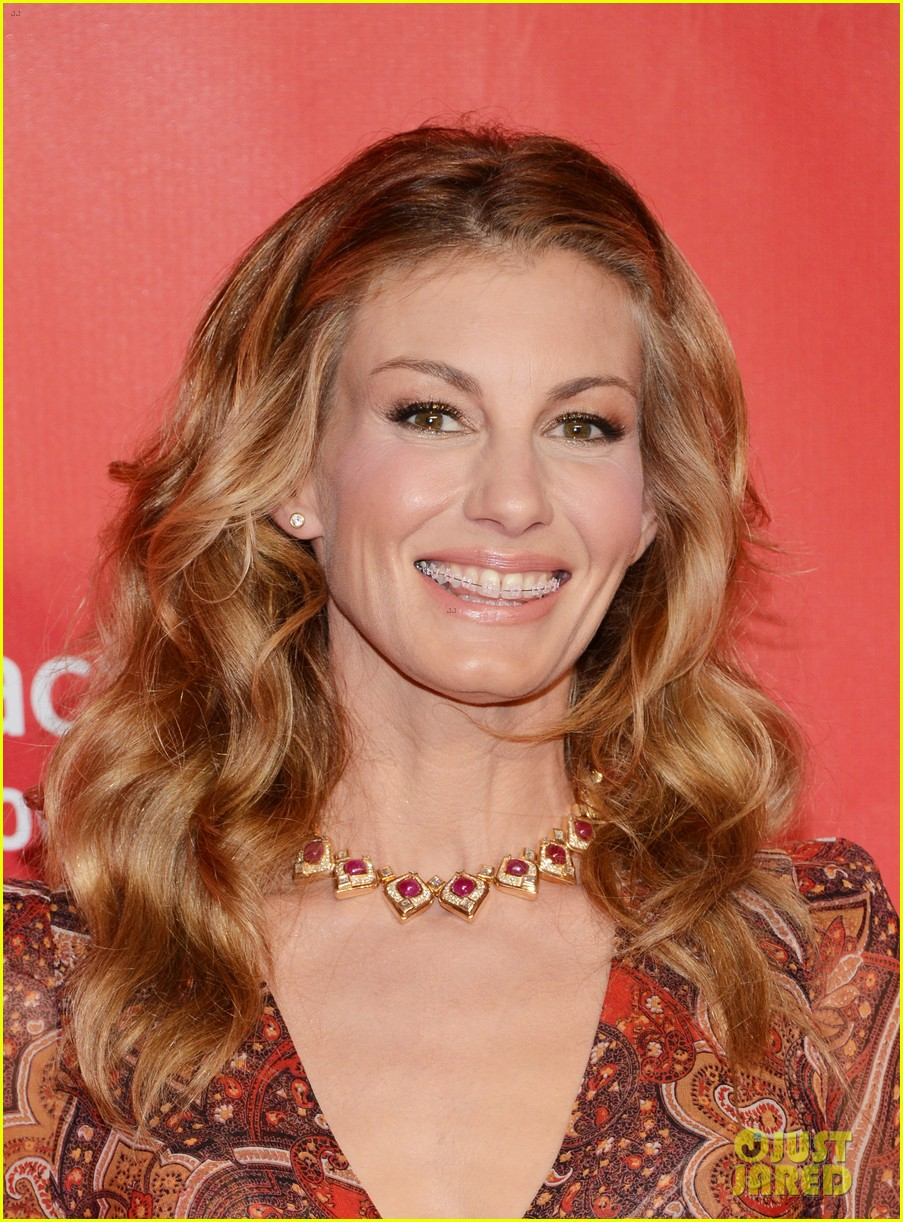 faith hill tim mcgraw grammys musicares event 2013 02