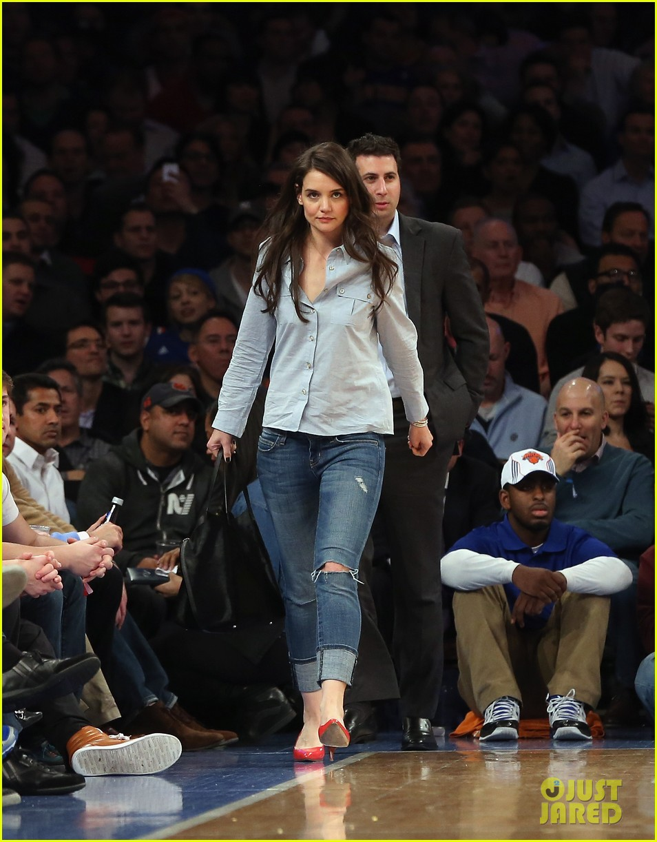 Full Sized Photo of katie holmes knicks game with mystery man 01 | Photo 2822350 | Just Jared