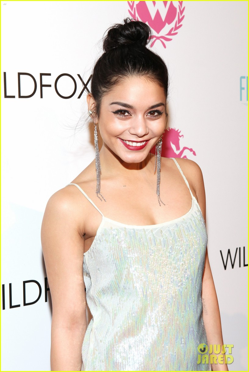 vanessa hudgens wildfox presentation with austin butler 062806208