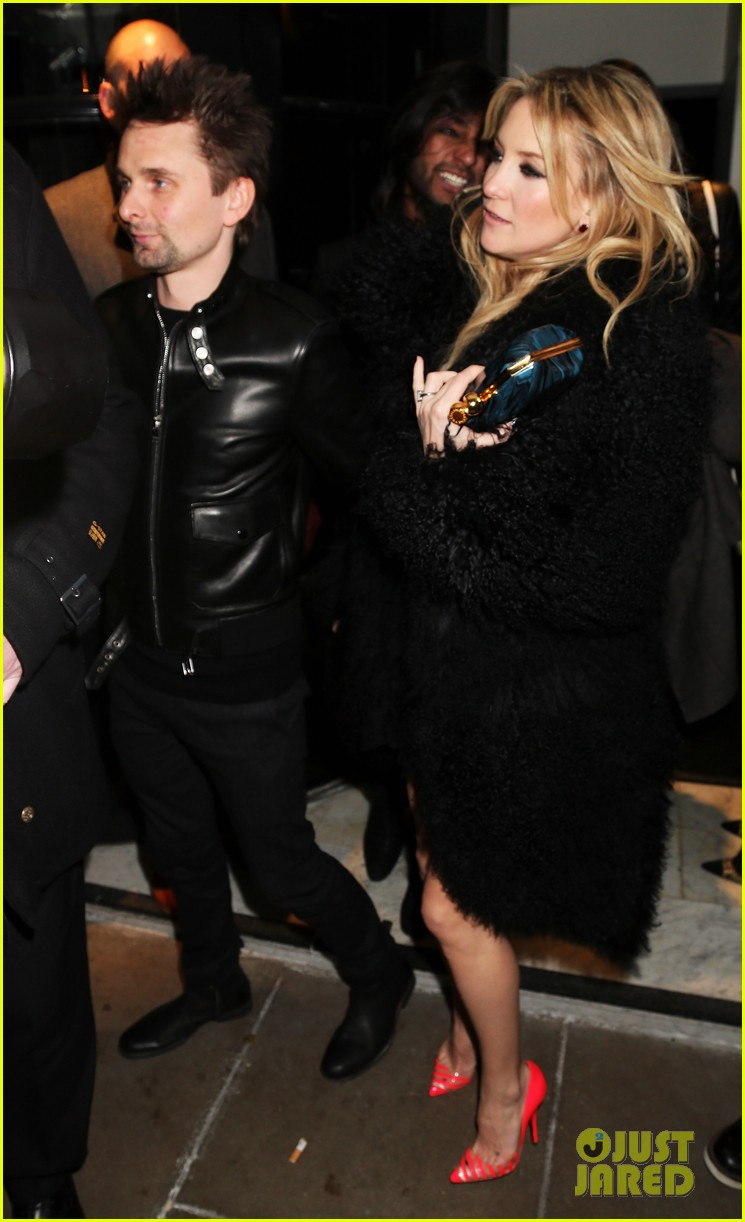 kate hudson brit awards after party with matthew bellamy 01