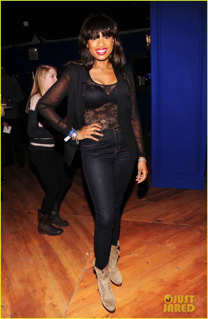 jennifer hudson super bowl party with jamie foxx 012803688