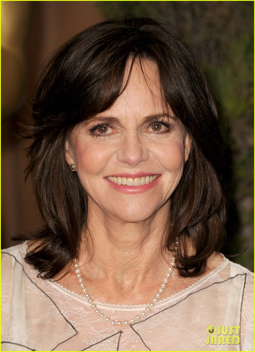helen hunt sally field oscar nominees luncheon 2013 15
