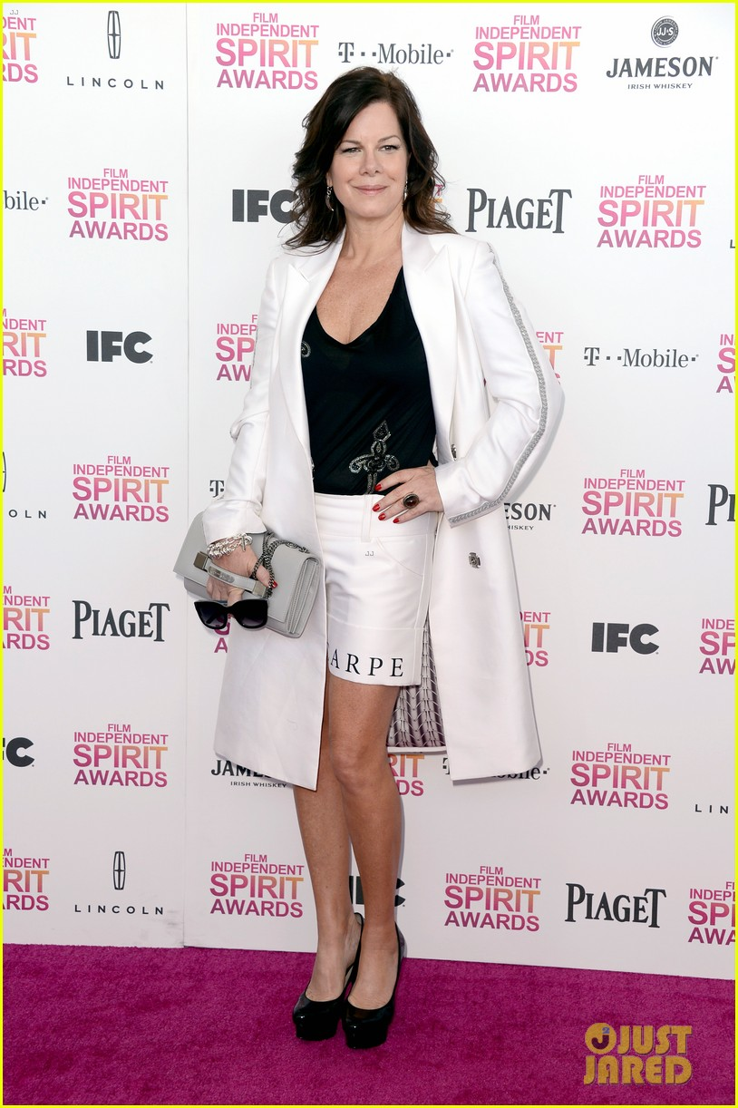 helen hunt emily mortimer independent spirit awards 2013 03