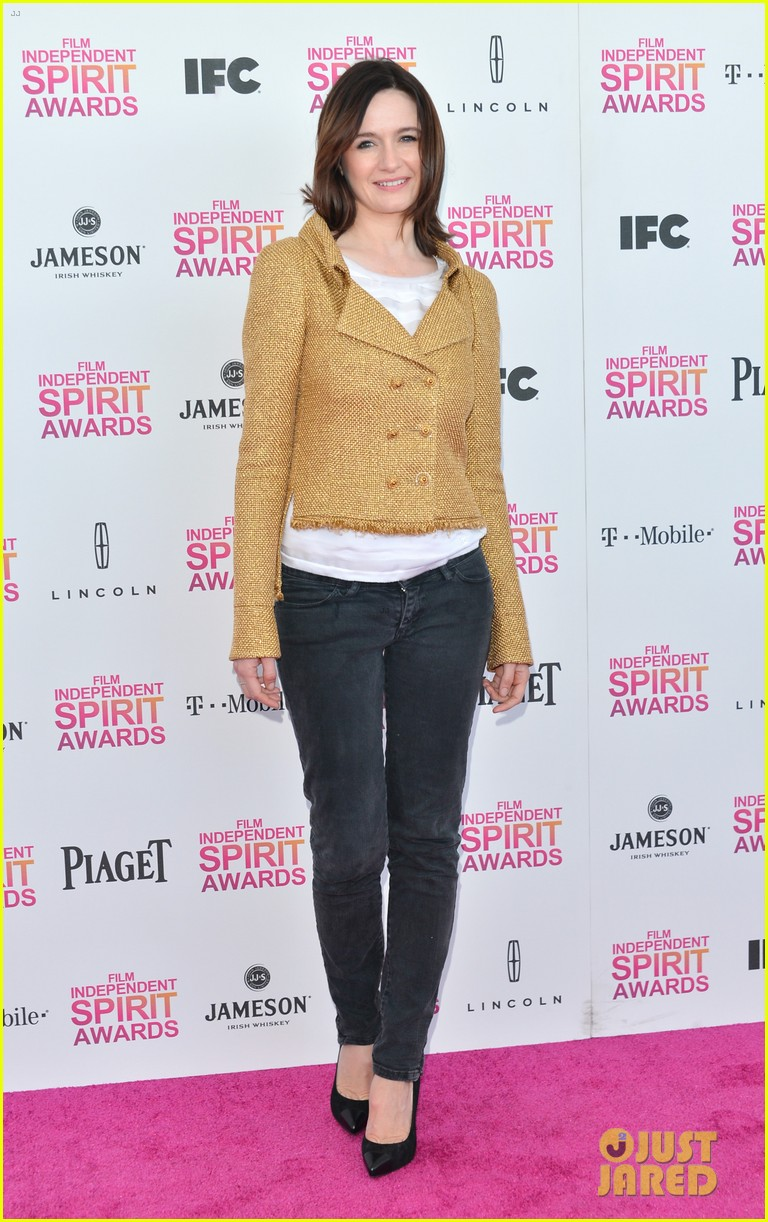 helen hunt emily mortimer independent spirit awards 2013 052817933