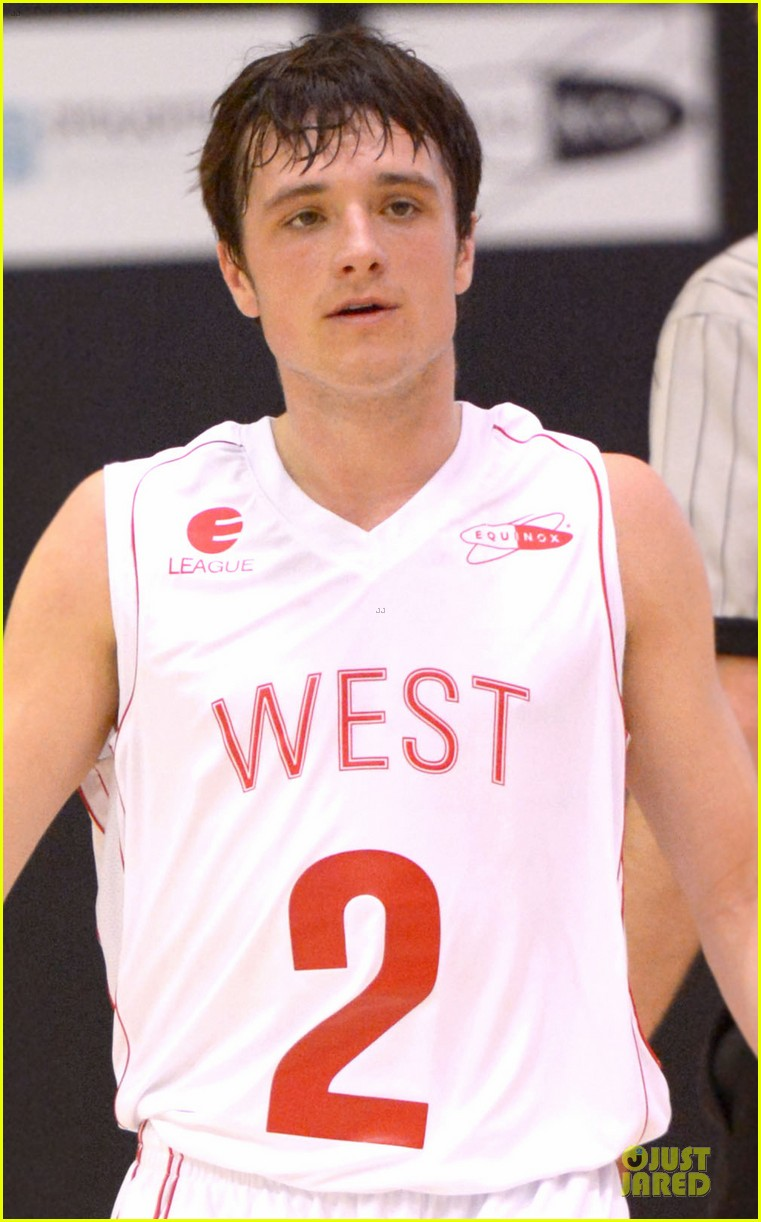 josh hutcherson james lafferty ciroc court basketball game 022810435
