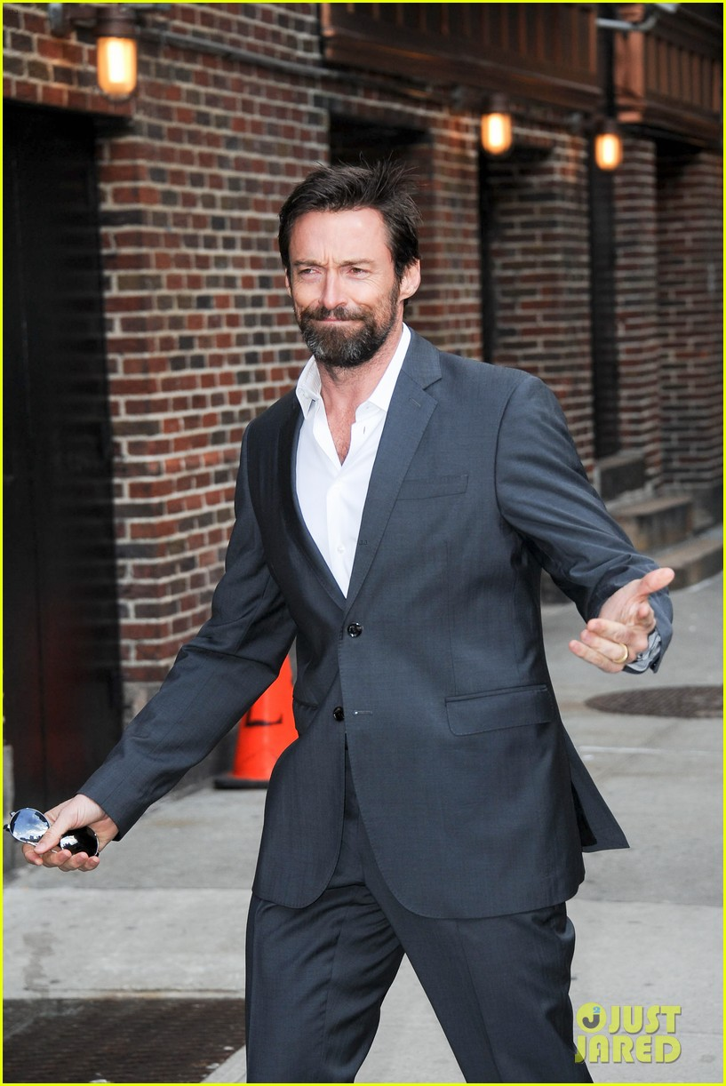 hugh jackman jokes about oscars 2013 competition 13