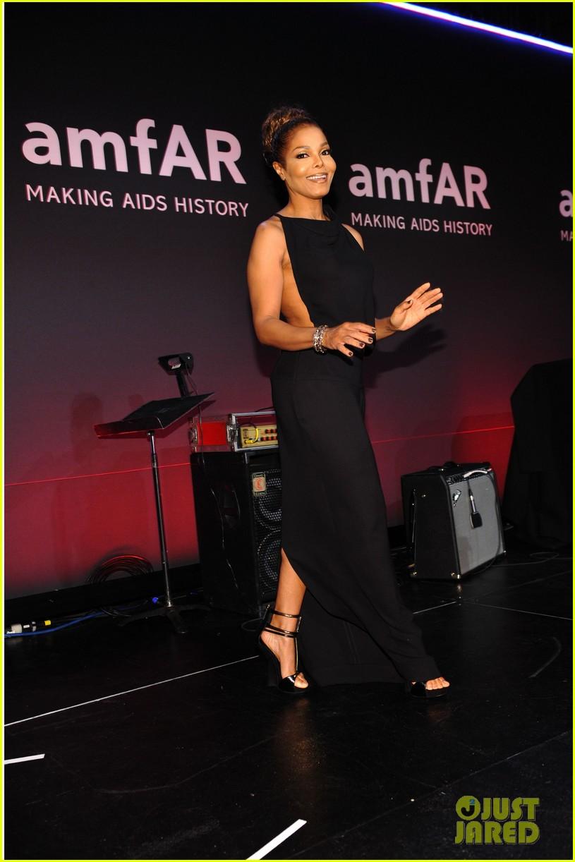 janet jackson emilia clarke amfar new york gala 2013 01