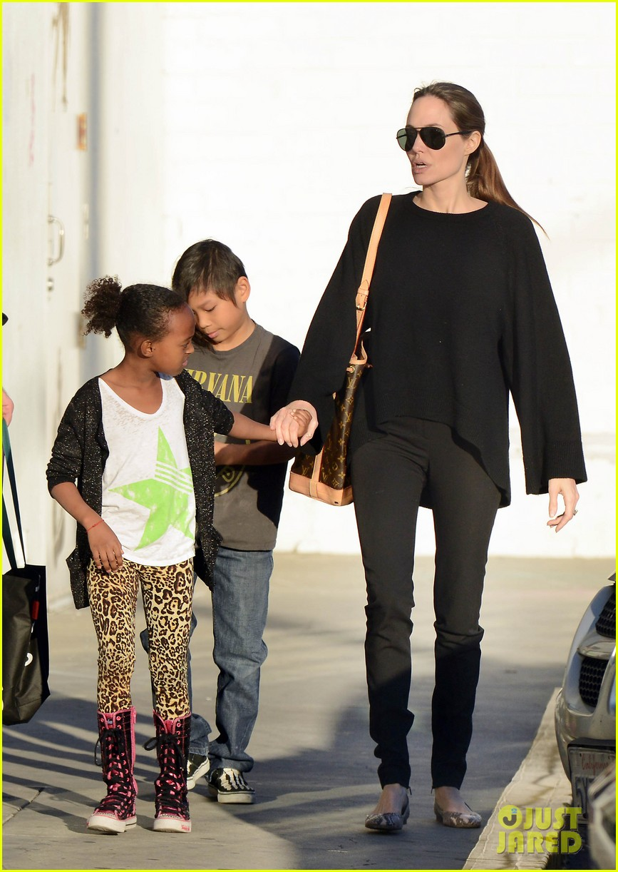 angelina jolie zahara pax urban outfitters shoppers 18