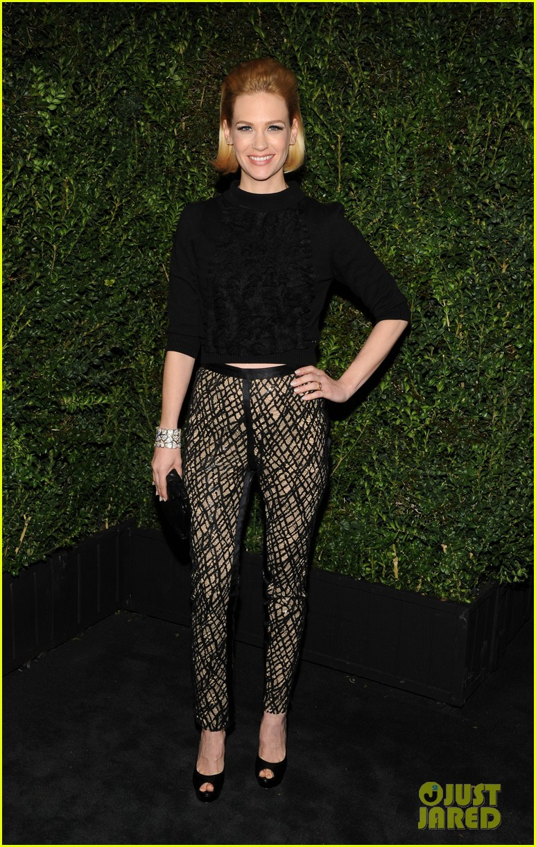 january jones rose byrne chanel pre oscars dinner 2013 01
