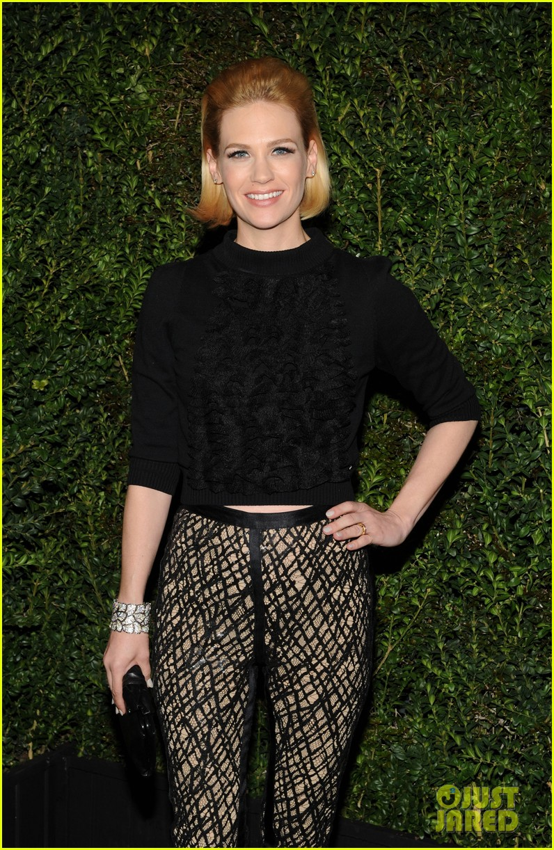 january jones rose byrne chanel pre oscars dinner 2013 02