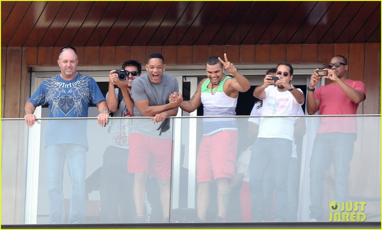 kim kardashian kanye west balcony fun with will smith 14