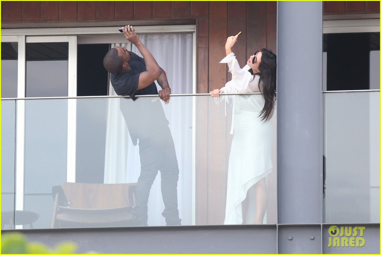 kim kardashian kanye west balcony fun with will smith 282810177