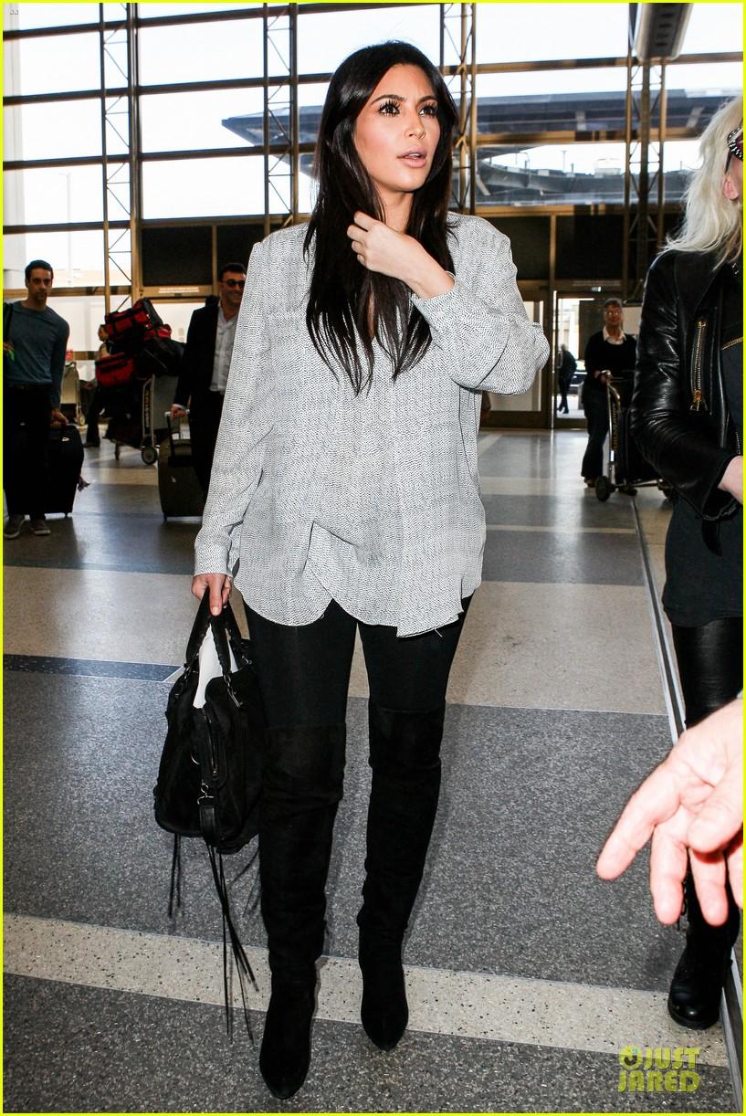 kim kardashian pregnant divorce trail date set 09