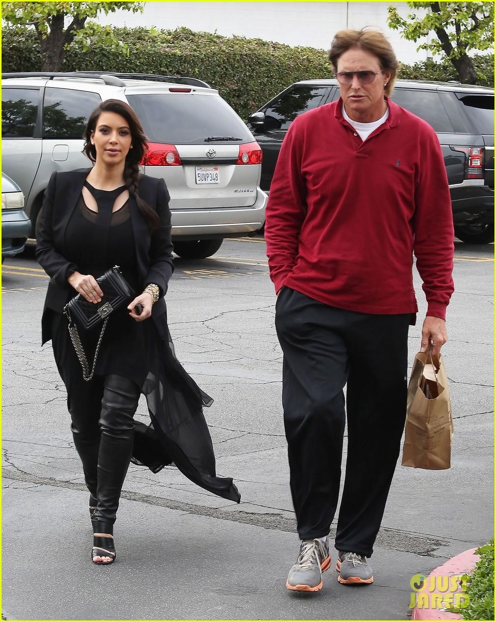kim kardashian leaving keeping up with the kardashians after season nine 01