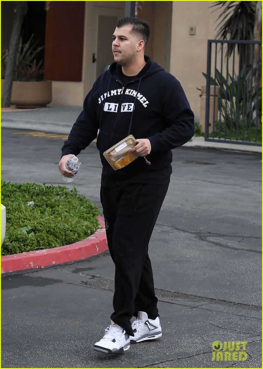 kim kardashian leaving keeping up with the kardashians after season nine 07