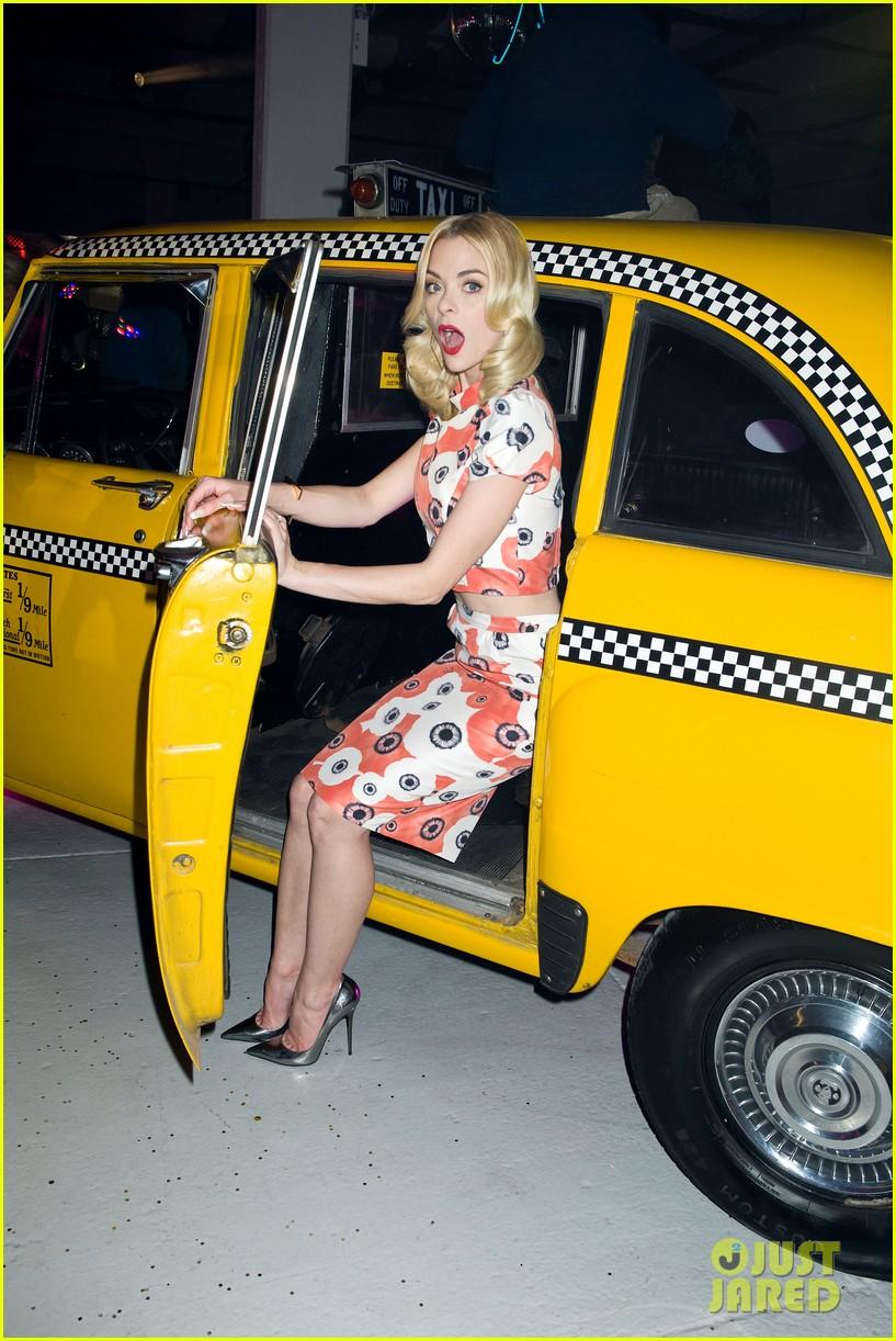 jaime king taxi cab cutie at kate spade celebration 09