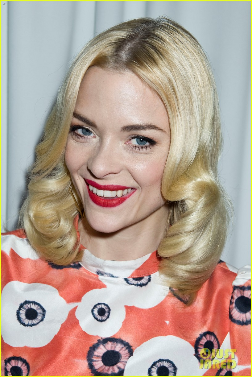 jaime king taxi cab cutie at kate spade celebration 28