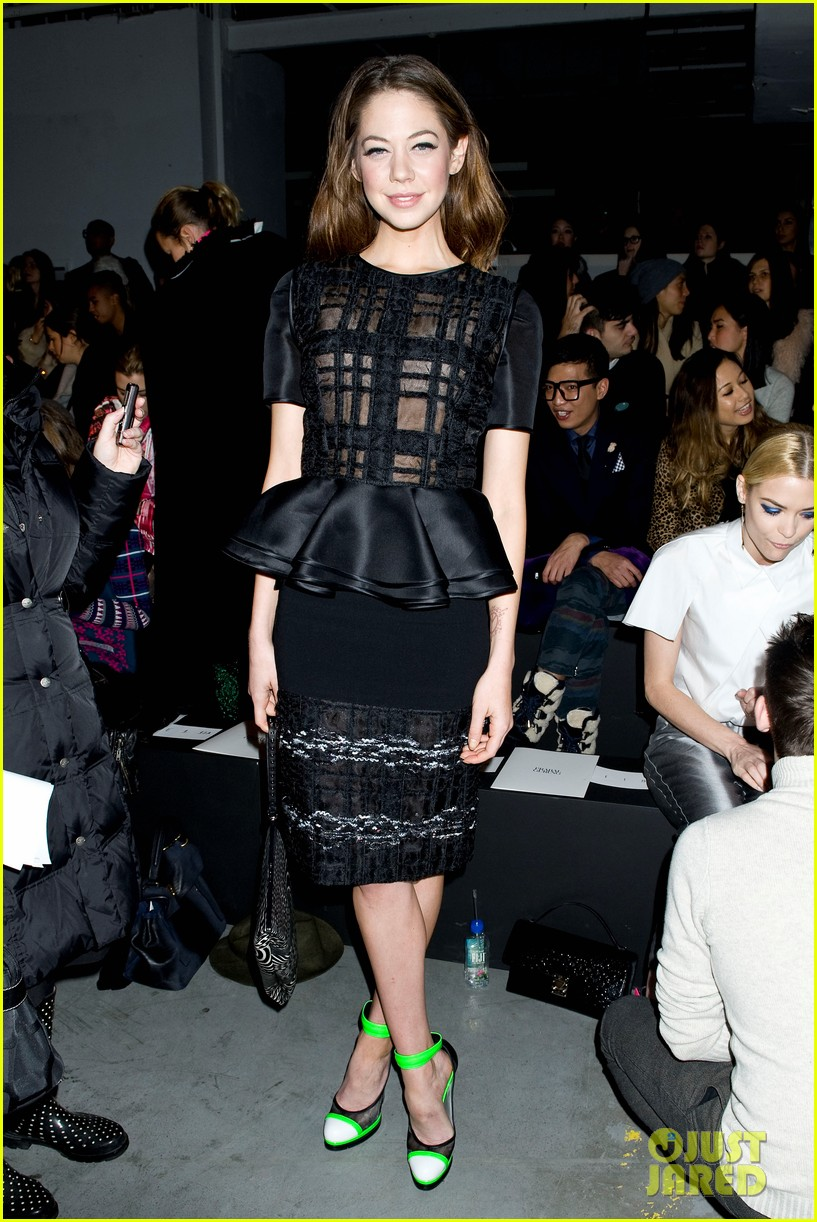 jaime king analeigh tipton neon shoes at prabal gurung 11