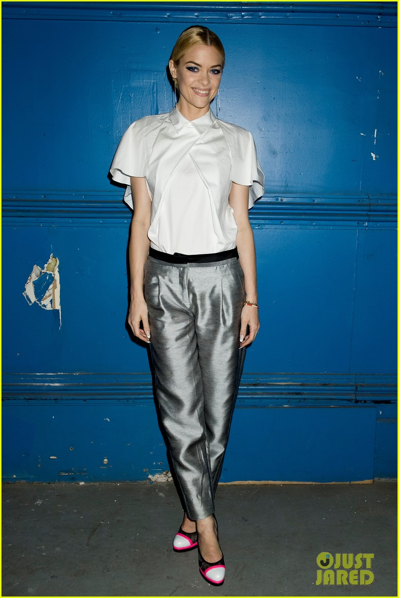 jaime king analeigh tipton neon shoes at prabal gurung 14