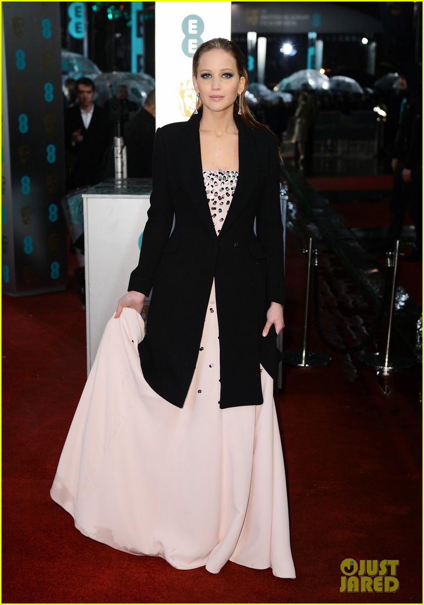 jennifer lawrence baftas 2013 red carpet 06