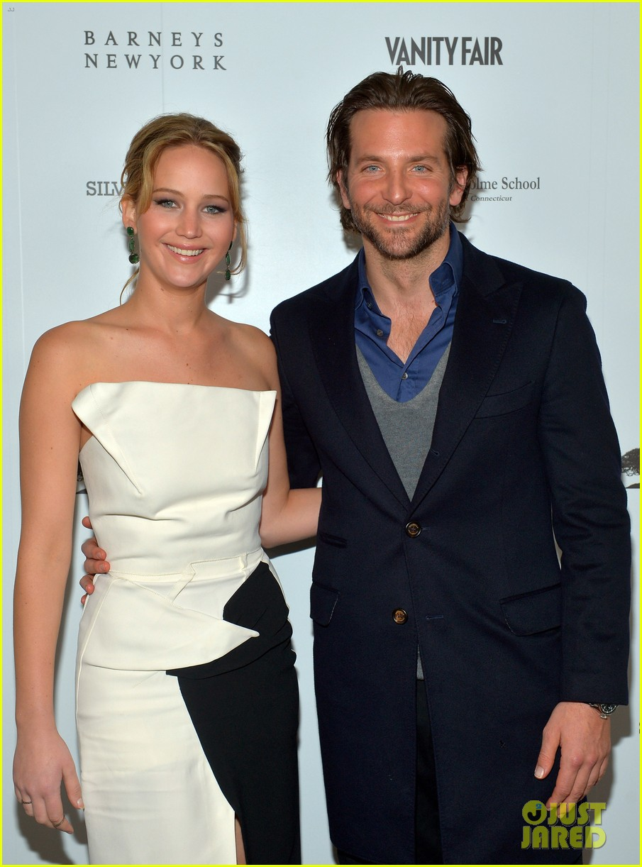 jennifer lawrence bradley cooper vanity fair pre oscar party 2013 02